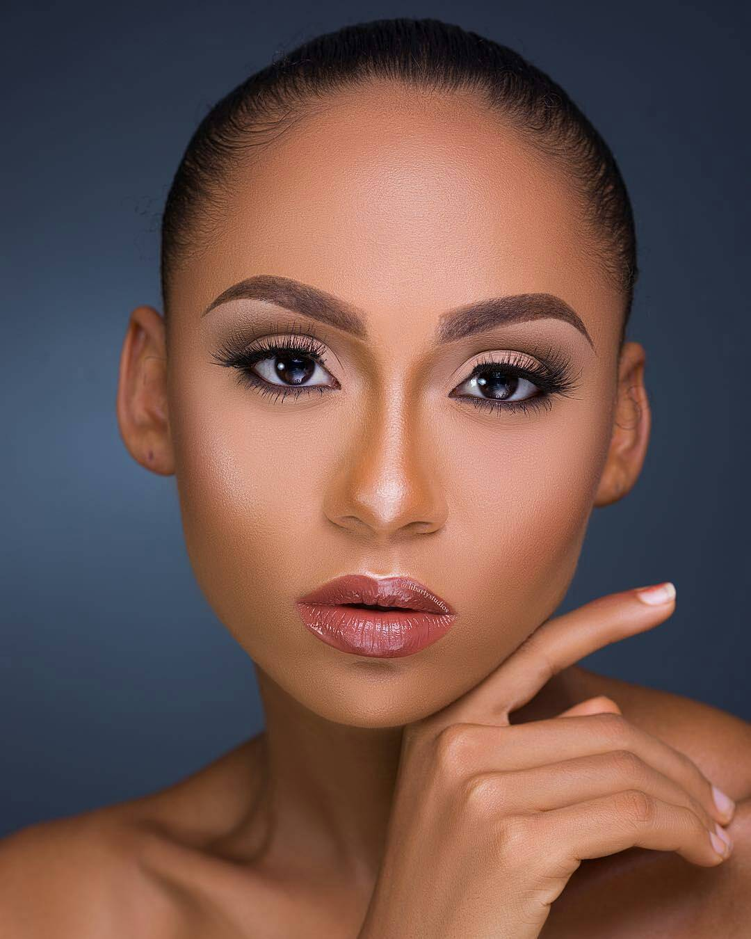 latest fashion makeup in Nigeria